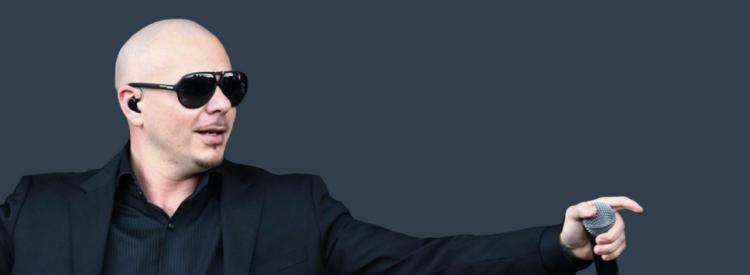 """Pese a proceder de un sector diferente, la industria musical, Pitbull aseguró que en todos los lugares la manera de triunfar siempre empieza por """"no tomar nunca un no por respuesta"""""""