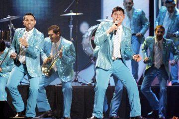 Chile ha sido el primer país en América del Sur en donde la Banda El Recodo ha obtenido altos niveles de popularidad, después de lograr éxitos en Centroamérica, donde la música sinaloense ha cobrado un creciente número de fanáticos en los últimos años