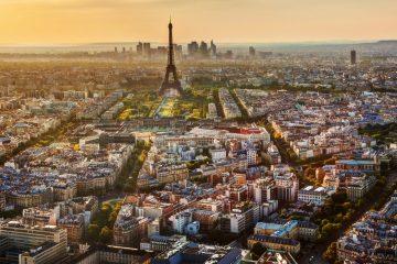 Los temas que la Francia Insumisa analiza en su iniciativa para marcar distancias con el FN son la inmigración, la seguridad, la economía, la política internacional, el progreso humano y las urgencias democráticas, ecológicas y sociales. (Dreamstime)