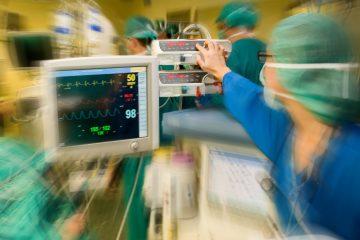 La semana pasada Lattia Baumeister, de 30 años y residente en Rock Island (Illinois), murió tras ponerse en las manos de Omulepu para someterse a una operación de cirugía plástica en el centro Seduction by Jardon's Medical Center y tuviese que ser ingresada de urgencia en el Kendall Regional Medical Center. (Dreamstime)