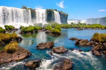 En Brasil, por ejemplo, hay más de 90 impuestos, aranceles y contribuciones, que además corresponden a tres niveles recaudatorios, federal, regional o local, como sucede en España, que está en el puesto 18, y en Argentina, en el noveno. (Dreamstime)