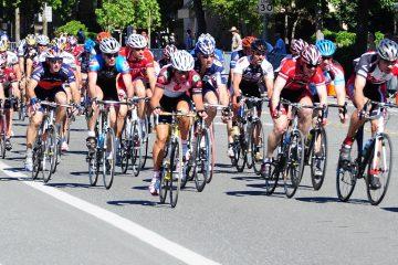 La UCI recuerda que el fallo no es definitivo y que los ciclistas pueden apelar y hacer sus descargos para evitar la sanción. (Dreamstime)