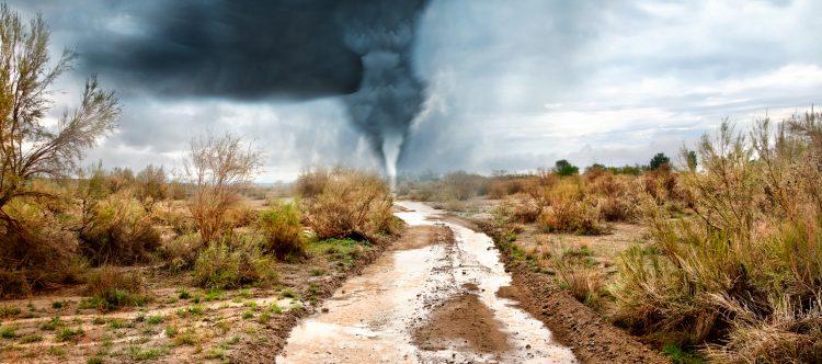 La tormenta tropical Greg se ubica ya a más de 2.000 kilómetros de costas mexicanas, sin que afecte el país, en tanto que Irwin sigue ganando fuerza y podría transformarse en huracán en las próximas horas, pero por su lejanía tampoco tendrá repercusiones en México. (Dreamstime)