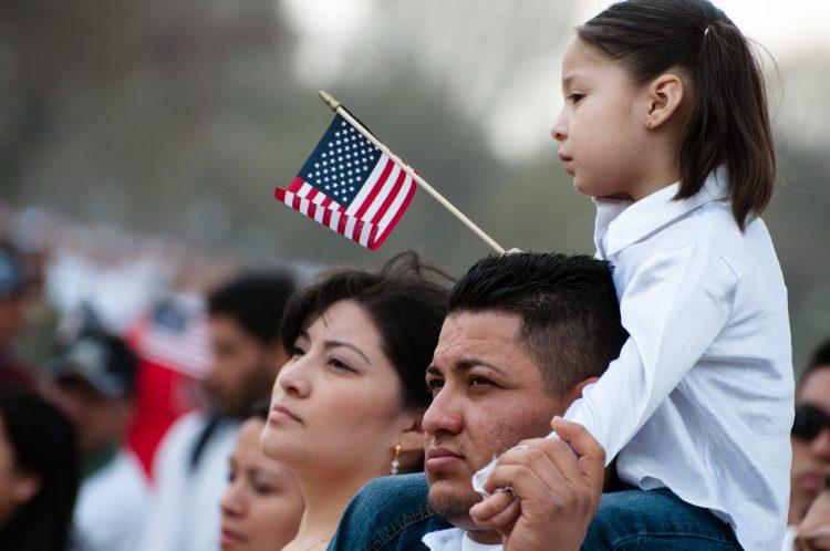 Hasta la fecha, este programa ha ayudado a más de 13.000 inmigrantes en todo el país, con un promedio de éxito superior al 99% al facilitar la aparición de los afectados en los procedimientos judiciales. (Dreamstime)