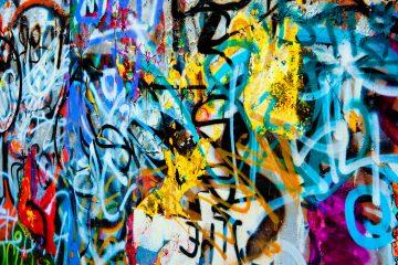 El proyecto fue idea del artista local Isrol Triono (conocido como Media Legal) y la iniciativa global de arte Micro Galleries, que lanzaron una campaña de financiación colectiva que reunió más de 1.100 dólares (unos 964 euros) en menos de 24 horas. (Dreamstime)