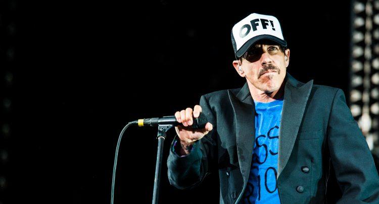 Los californianos han sido fieles y han continuado mimetizando su estilo -el mismo en décadas- con el consabido torso desnudo de Antony Kiedis y el cabeceo sempiterno de todos sus miembros. (Dreamstime)