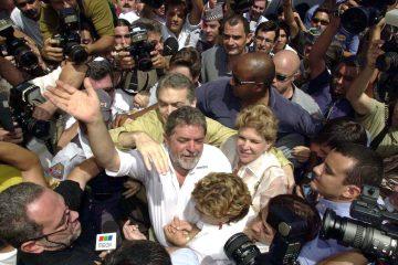 Lula y el gobernador de Minas Gerais, Fernando Pimentel, inauguraron la noche de este lunes la segunda etapa del Memorial de la Democracia en Belo Horizonte, un espacio con un acervo digital que recopila la historia de la democracia en el país. (Dreamstime)