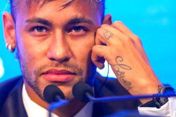 Neymar, pone a bailar samba al PSG de Francia