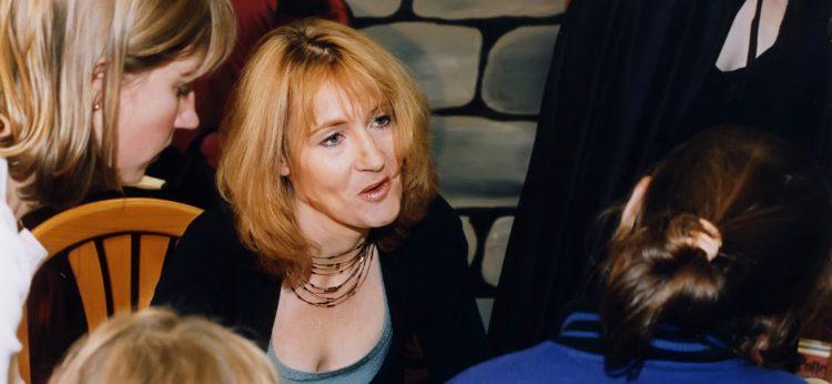 """En ese mensaje, Weer indicaba: """"Si alguien, por favor, puede hacer llegar un mensaje a J.K. Rowling: Trump no despreció a mi hijo y Monty ni siquiera estaba intentando estrechar su mano"""". (Dreamstime)"""