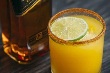 1 bebida, ninguna bebida contiene más de 0.6 onzas líquidas de alcohol. (cortesía Johnnie Walker)