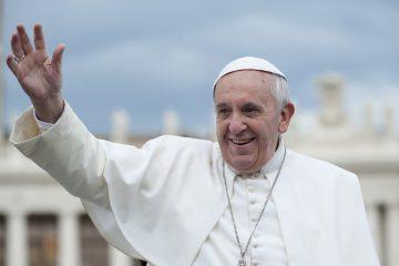 """Respecto a su vida actual, dice que se siente """"libre"""", aunque está """"en una jaula aquí en el Vaticano, pero no espiritualmente"""", y rechaza tener miedo. (Dreamstime)"""