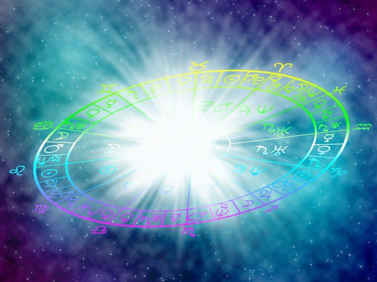 Todos los consejos que debes tener en cuenta dependiendo de tu signo astral. (Dreamstime)