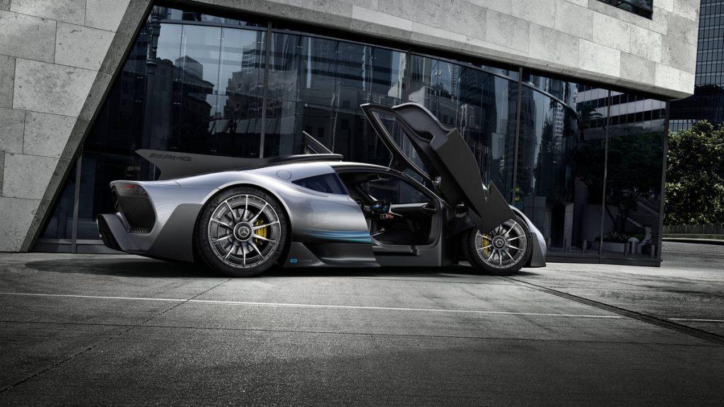 """P1.10-1024x576 Mercedes Benz dió luz a su Híper auto el """"Project One"""""""