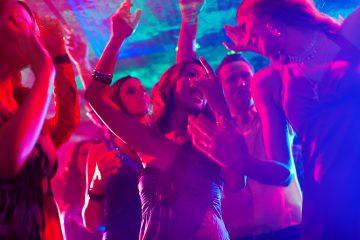 """Las noticias de sucesos se han """"maximizado"""" en Acapulco y eso ha perjudicado mucho al turismo, asevera el gerente. (Dreamstime)"""
