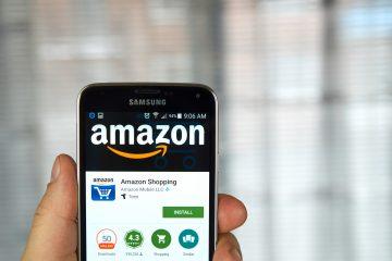 """El sistema trabaja con un nuevo dispositivo lanzado también hoy por Amazon, """"Amazon Cloud Cam"""", una cámara de seguridad que trabaja con el asistente digital de inteligencia artificial Alexa, todo ello para que quienes entregan paquetes puedan hacerlo dentro del hogar. (Dreamstime)"""
