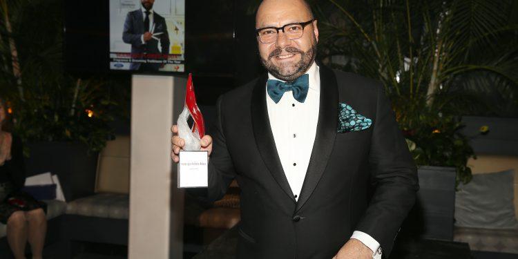 Group-Advertising-Director-at-Hearst-Magazines-James-DAdamo-and-Megan-Key-750x375 Hennessy y HOMBRE celebró a los Hombres Latinos del Año
