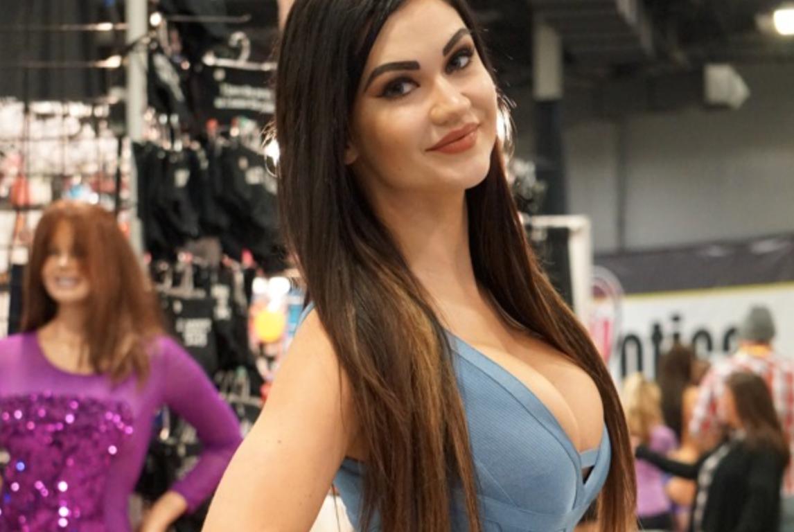 Actrices Porno 18 Años 2017 regresa exxxotica new jersey 2017 - el especial