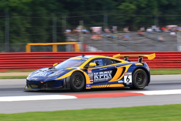 """Por esta razón, ante los incidentes registrados recientemente en los aledaños del circuito de Interlagos, ha decidido """"cancelar los test de neumáticos"""" de Pirelli previstos para esta semana. """"Sentimos que es un riesgo innecesario"""", apunta McLaren. (Dreamstime)"""
