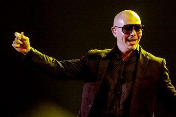 """El denominado """"Pitbull's New Year's Revolution"""" se iniciará a las ocho de la noche, hora local, y culminará a las 12.30 de la madrugada del día 1 de enero de 2018, informó hoy el parque. (Dreamstime)"""