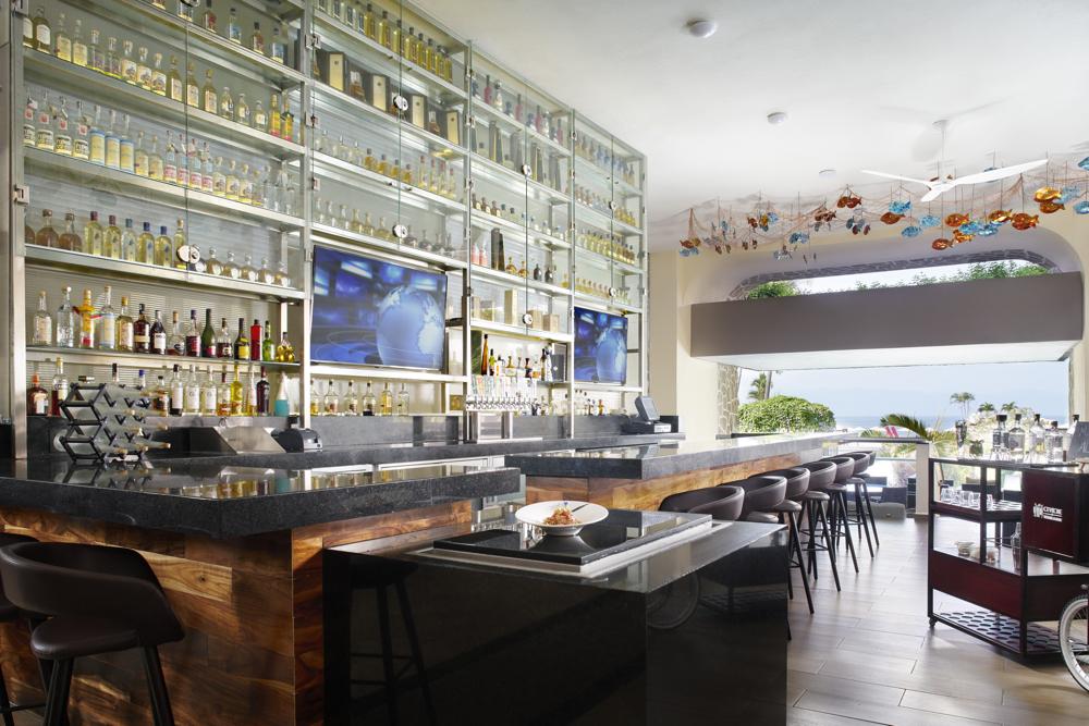 pv-marriott-ceviche-tequila-bar Escápate del invierno con Marriott a Puerto Vallarta
