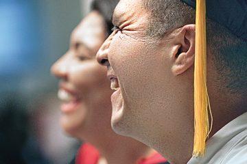 Los adultos que quieren obtener su diploma de high school tienen más ayuda de la que se dan cuenta. (naps)