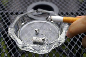 La teoría de reducción del daño se centra en que la nicotina, si bien es adictiva, no es la causa principal de las enfermedades relacionadas con fumar y que la verdadera responsable es la combustión. (Dreamstime)