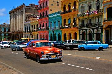 Tras firmar el convenio, la directiva de la CSMC, perteneciente al Ministerio de Salud Pública, anunció que el primer grupo de visitantes canadienses llegará en noviembre al balneario de Varadero, el principal polo turístico de sol y playas de la isla, situado a unos 140 kilómetros de La Habana. (Dreamstime)
