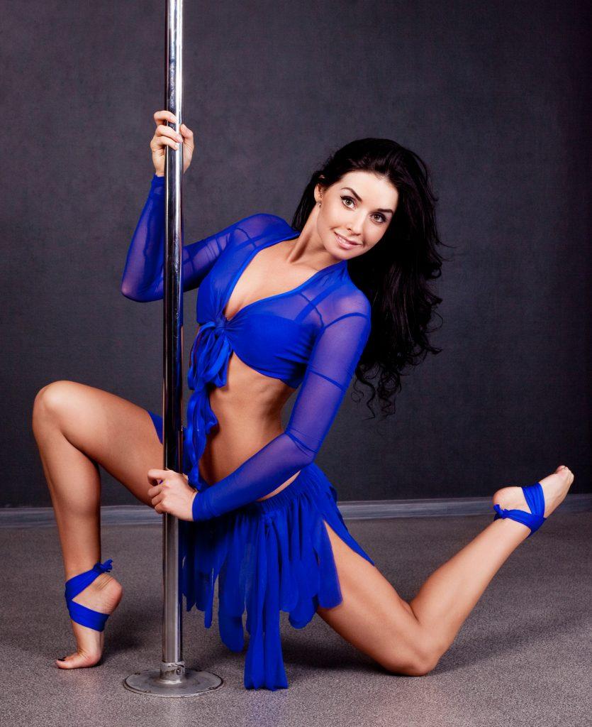 dreamstime_m_22295041-1024x617 Lena, la stripper