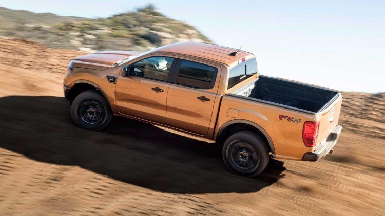Ford dijo que existe la posibilidad de que palanca de cambios se salga de modo parqueo, mientras el auto está apagado y sin un pie en el pedal del freno.