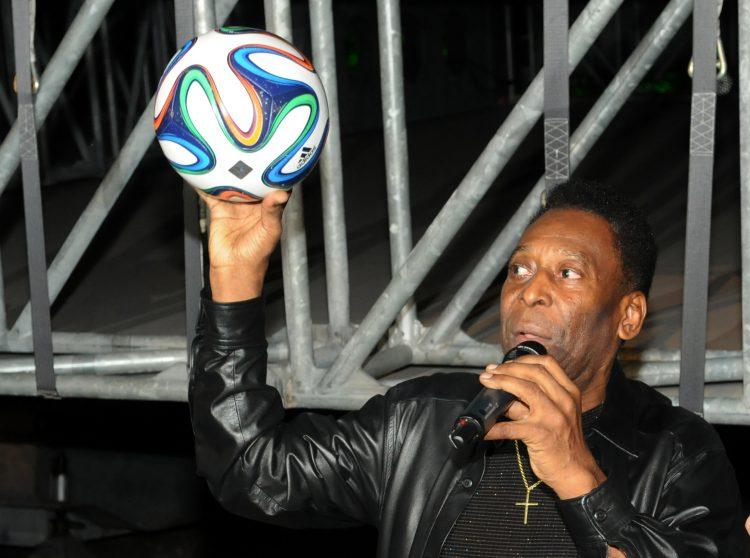 """La leyenda del fútbol mundial se pronunció a través de sus redes sociales, en las que manifestó su dolor por la tragedia ocurrida """"en un lugar donde los jóvenes persiguen sus sueños"""". (Dreamstime)"""