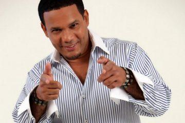 """Con el Corazón Abierto (2012) alcanzó el número 3 en la lista de álbumes de Tropical, mientras que su exitoso single """"Tu Veneno"""" se convirtió en el tercer lugar de Acosta en la lista de canciones tropicales."""