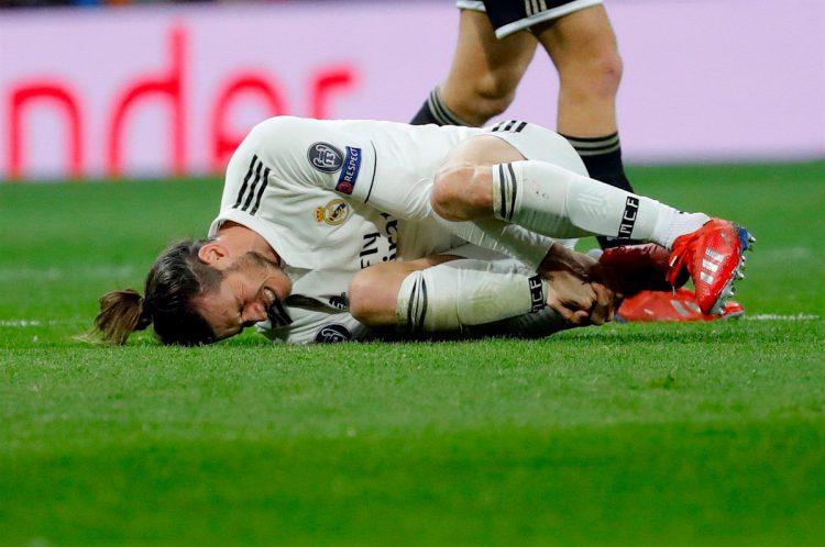 El delantero del Real Madrid Gareth Bale, durante el partido de vuelta de los octavos de final de la Liga de Campeones ante el Ajax disputado en el estadio Santiago Bernabéu, en Madrid. EFE