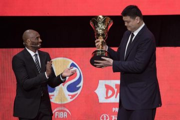 Kobe Bryant embajador de la Copa Mundial de Baloncesto en Shenzhen, Guangdong provincia de China. EFE