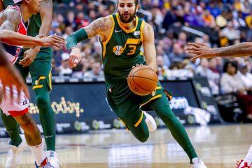 El jugador español Ricky Rubio de Utah Jazz en acción ante Washington Wizards durante un partido de baloncesto de la NBA entre Utah Jazz y Washington Wizards disputado en el CapitalOne Arena de Washington, DC (EE.UU.). EFE