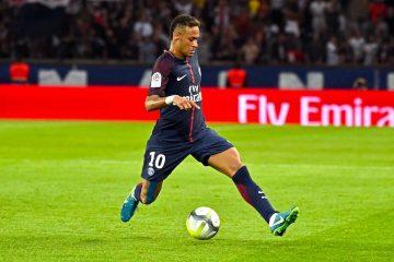 Neymar Jr durante un partido del Paris Saint Germain (PSG). EFE