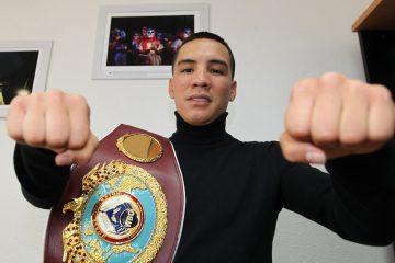Valdéz, campeón mundial de peso pluma de la Organización Mundial de Boxeo, reveló que su propósito mayor en el pugilismo es llegar a ser el mejor peleador libra por libra, y trabaja duro hacia ese objetivo. EFE