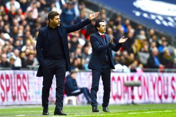 A la derecha el tecnico Mauricio Pochettino, actual entrenador del Tottenham