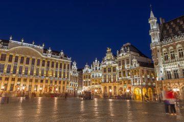 """En áreas como los servicios de aduanas, fuentes comunitarias señalan que se está preparando la contratación de personal """"de forma masiva"""" en países directamente conectados al Reino Unido: unas 700 personas en Francia, entre 300 y 400 en Bélgica y más de 900 en Holanda. (Dreamstime)"""