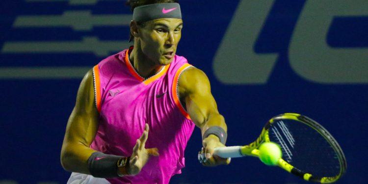 El español Rafael Nadal en una acción contra el ruso Karen Khachanov durante el Abierto de tenis del BNP Paribas del torneo de  Indian Wells, California, USA. EFE