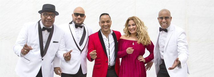 """Los Van Van pronto se convirtieron en uno de los grupos cubanos más conocidos del mundo, manteniendo una base de seguidores leales en América Latina, Europa y Japón impulsados por éxitos como: """"La Sandunguera"""", """"Anda, Ven y Muévete"""", """"Te Traigo"""". """"Y Yuya Martínez"""". (Dreamstime)"""