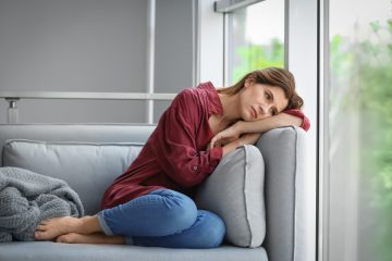 Los investigadores comprobaron que uno de esos factores podría ser la soledad no deseada, la cual se relacionó ya anteriormente con el empeoramiento general del estado de salud, con la depresión e incluso con la mortalidad prematura. (Dreamstime)