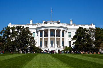 El abogado de la Casa Blanca, Pat Cipollone, mandó hoy a ese comité una misiva de doce páginas rechazando la solicitud, confirmó el alto funcionario. (Dreamstime)