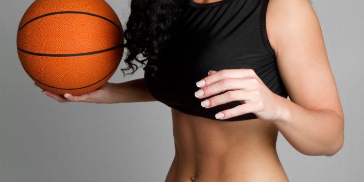 dreamstime_m_12861217-750x375 Raquel, la sexy deportista