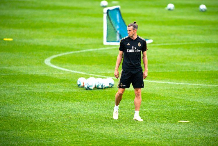 El delantero del Real Madrid Gareth Bale entrena  en las instalaciones Montreal Impact, en Montreal (Canadá). EFE