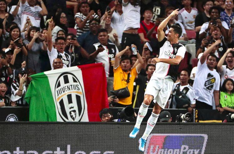 Christiano Ronaldo celebra el gol con su equipo Juventus FC contra el Tottenham EF