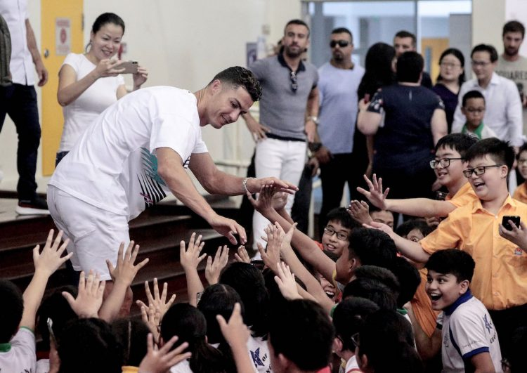 Cristiano Ronaldo en el Singapore Olympic Foundation and the Peter Lim Scholarship. (Singapur, Singapur) EFE/EPA/WALLACE WOON
