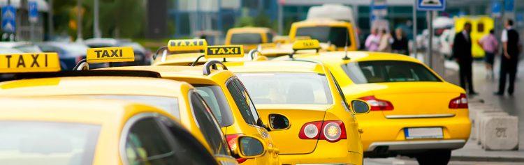 Desde las 05.00 hora local (10.00 GMT) los taxistas detuvieron sus vehículos en sectores claves de la ciudad, especialmente en el sur, en donde miles de personas vieron afectada su movilidad. (Dreamstime)