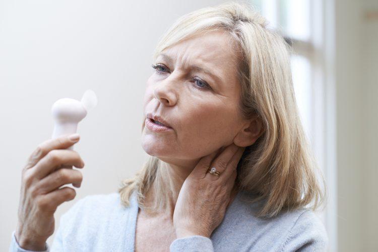 La menopausia, detalló a Efe el doctor Cuauhtémoc Celis, es considerada como el cese permanente de la menstruación, cuando pasaron 12 meses tras el último periodo. (Dreamstime)