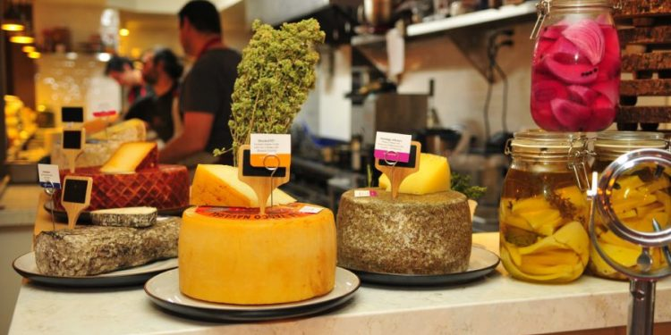 0552-e1527614251998-750x375 Paco Parreño, un símbolo de la cocina española en Nueva York