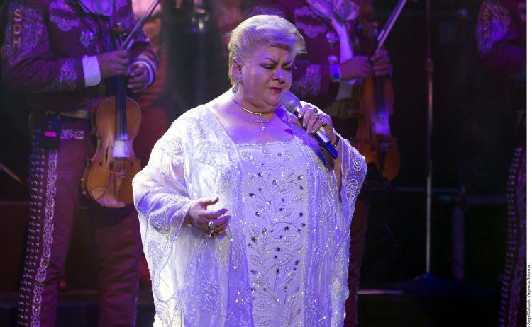 La cantante fue ingresada para tratarse un problema pulmonar que provocó la cancelación de una presentación que tenía prevista el fin de semana en Matamoros, estado mexicano de Tamaulipas.